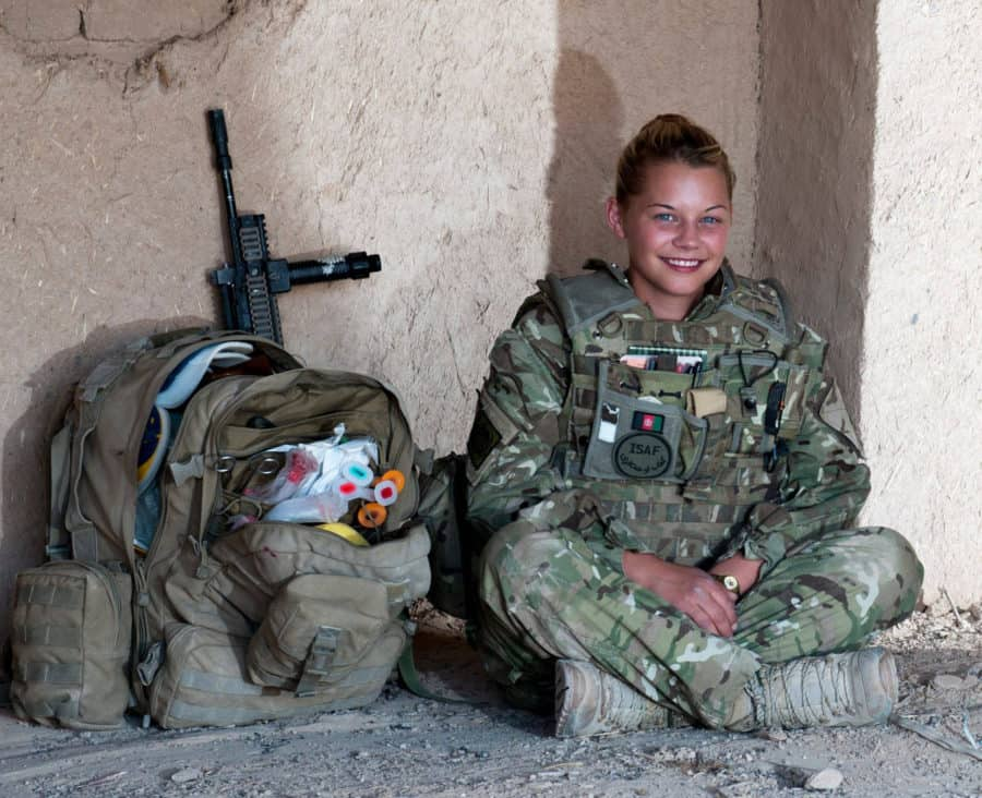 Hottest Female Soldiers