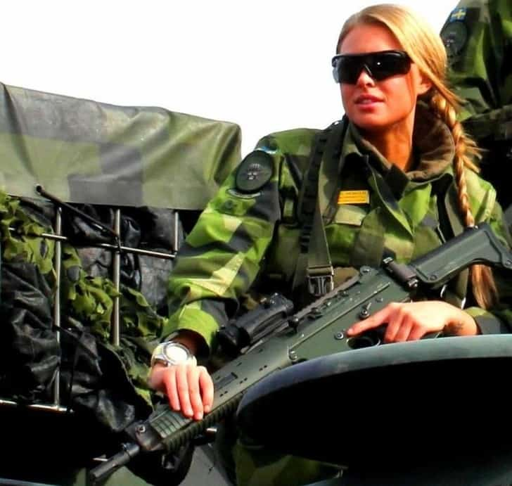 Hot Female Soldier