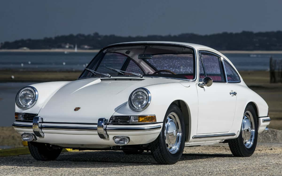 iconic cars of the 60's - 1964 Porsche 911