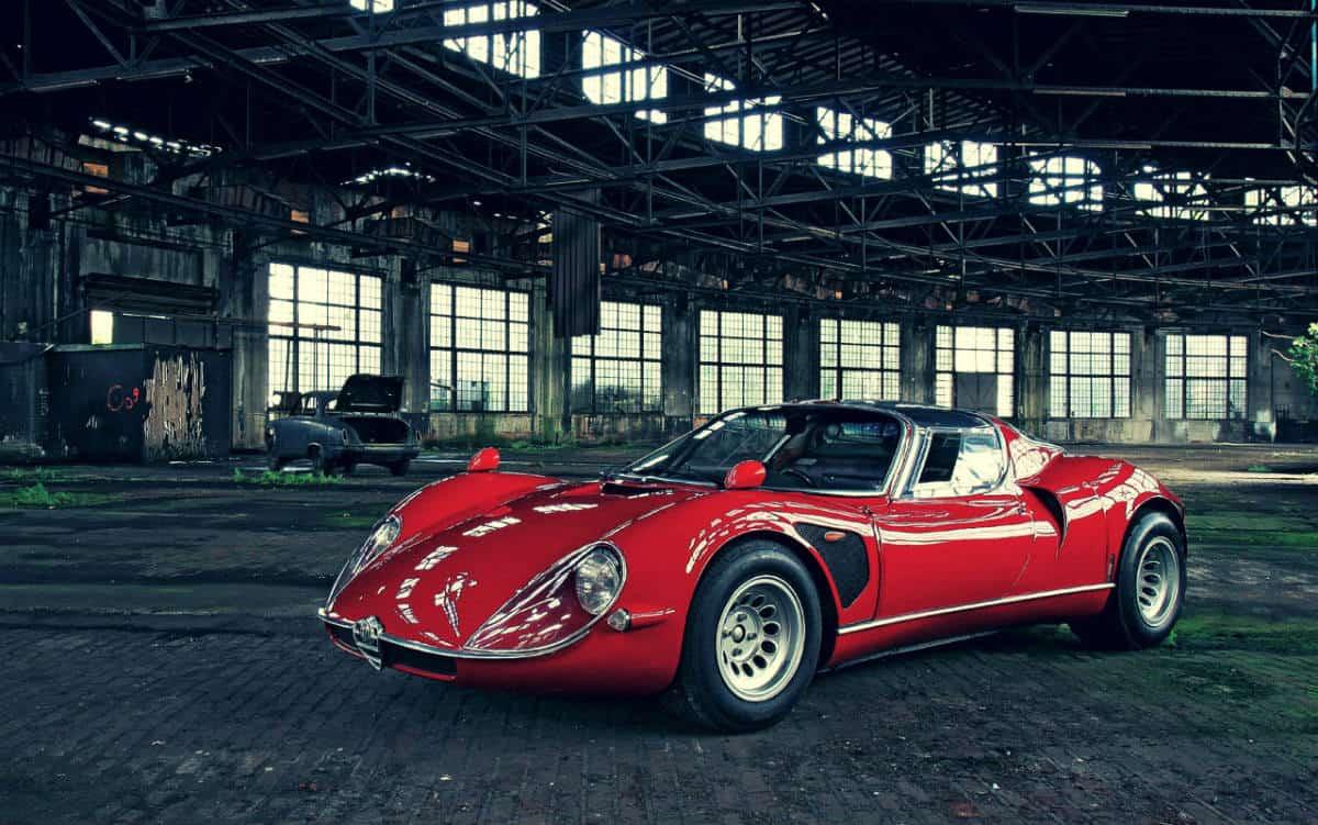 iconic cars of the 60's - Alfa Romeo 33 Stradale