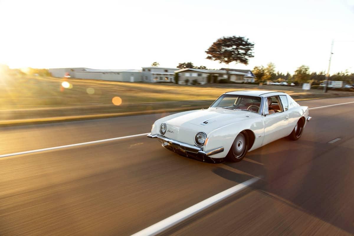 iconic cars of the 60's - Studebaker Avanti