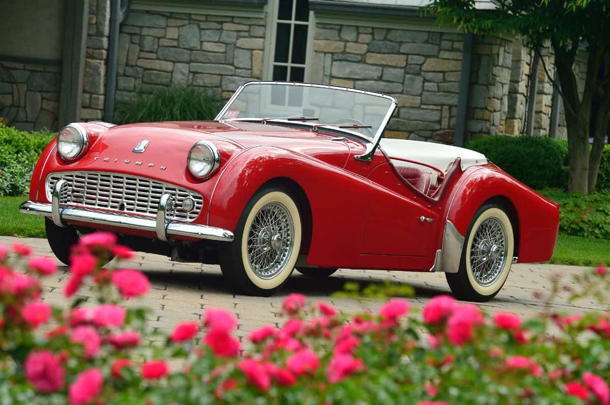 iconic cars of the 60's - Triumph TR3A