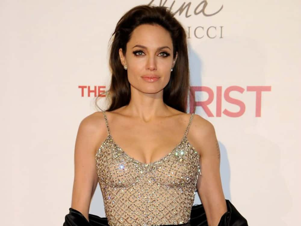 Hottest Women of All Time angelina jolie