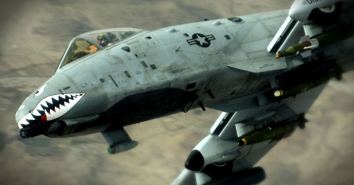 A-10_A-10 turning