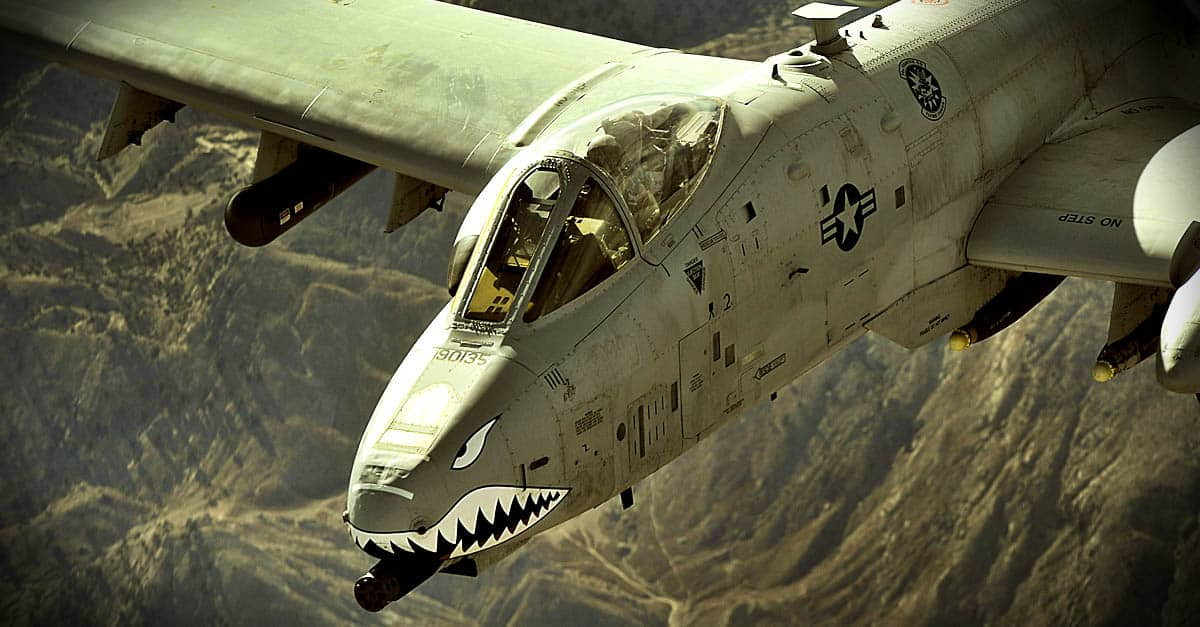 A-10_An A-10 Thunderbolt II flies a close-air-support mission over Afghanistan different angle