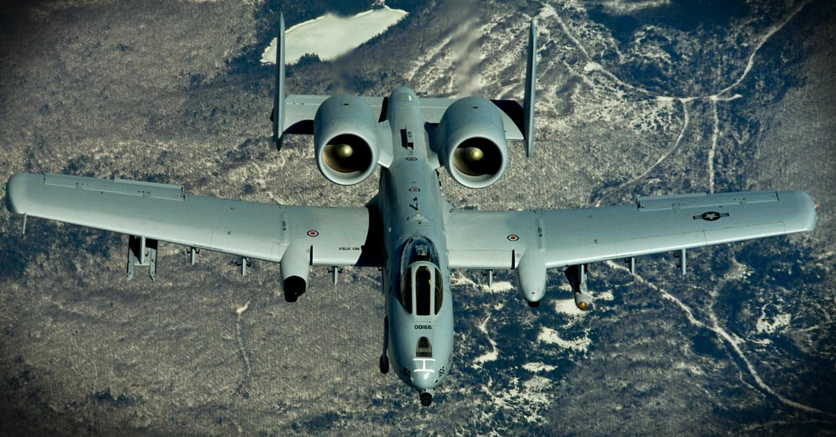 A-10_Col. Jon Mott breaks the record for the most documented hours in an A-10 Thunderbolt II