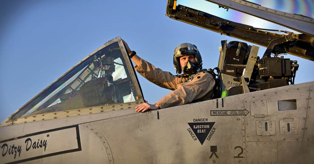 A-10_Operation Support Squadron commander prepares to taxi to the flightline in an A-10 Thunderbolt II