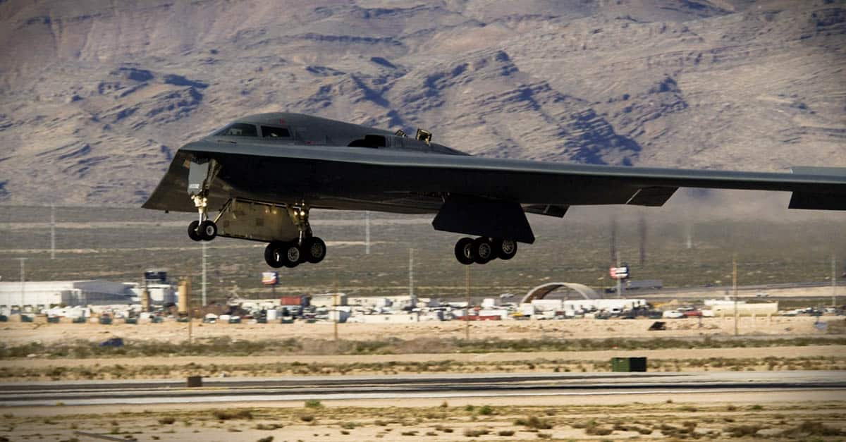 B-2_A B-2 Spirit bomber comes in Nellis Air Force Base