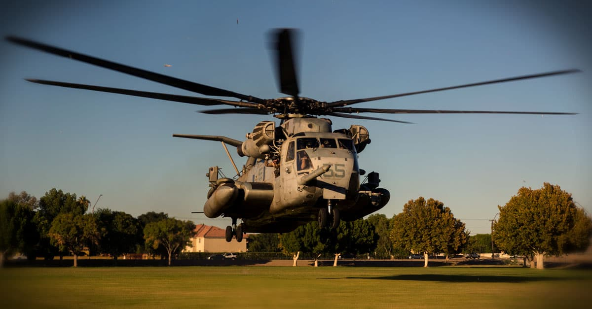 CH-53E_A CH-53E helicopter lands to offload personnel