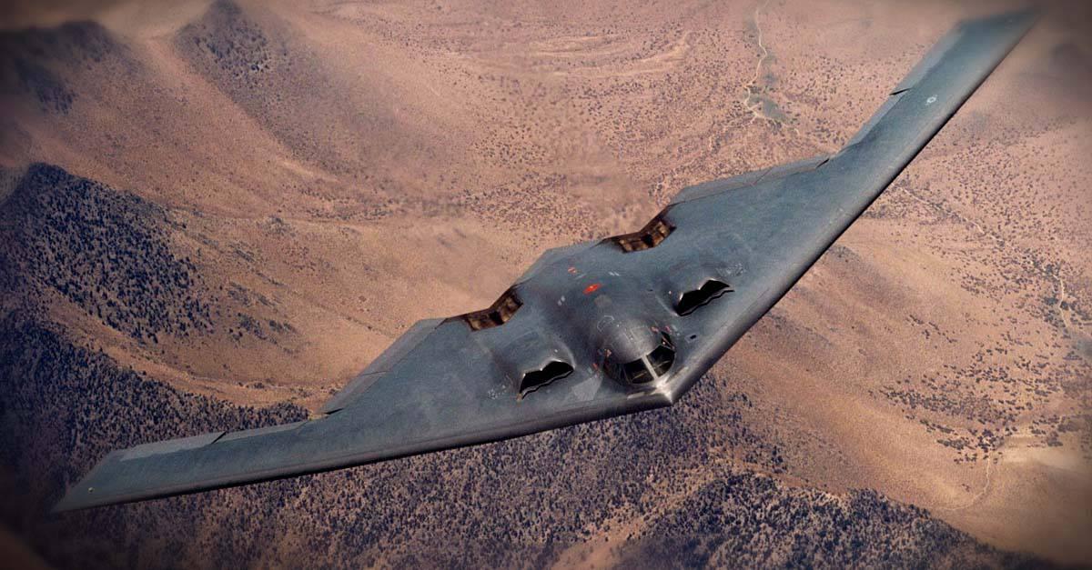 B-2_Northrop B-2A in flight