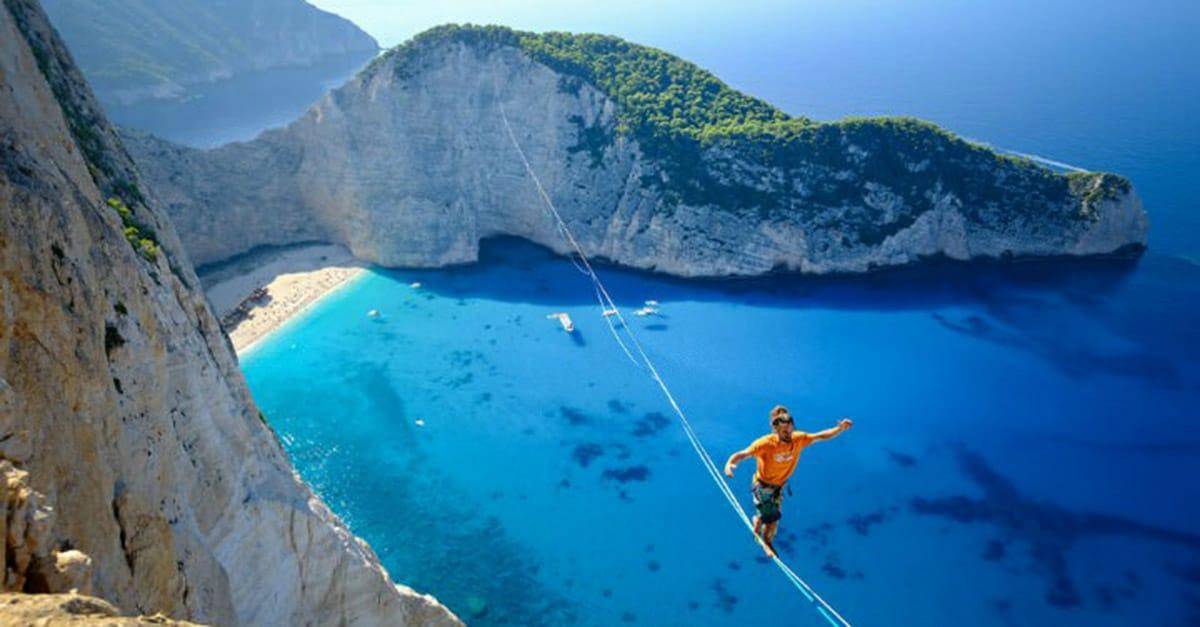 beach_line_greece