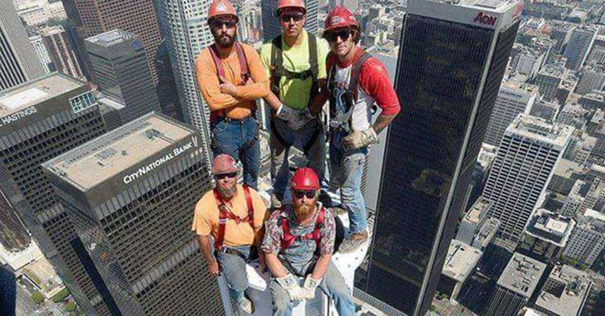 construction_workers_air