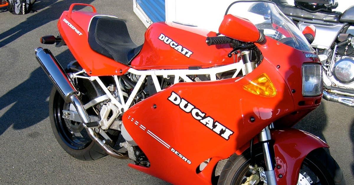 Ducati_Supersport_900