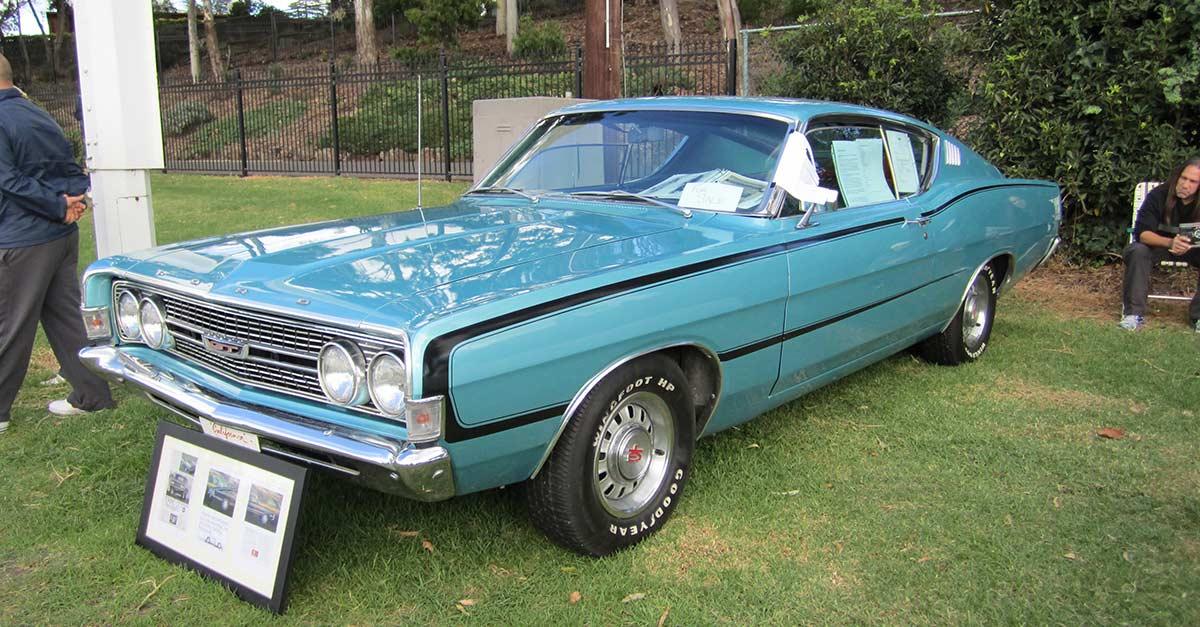 Ford_Torino_GT_Fastback
