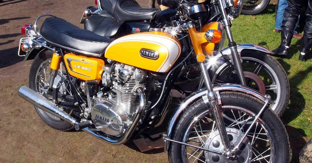 Yamaha_TX750