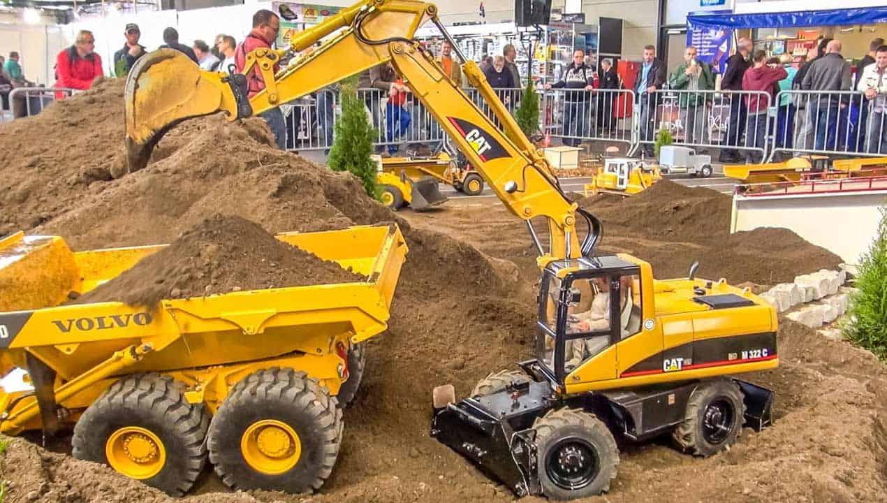 RC Excavator CAT