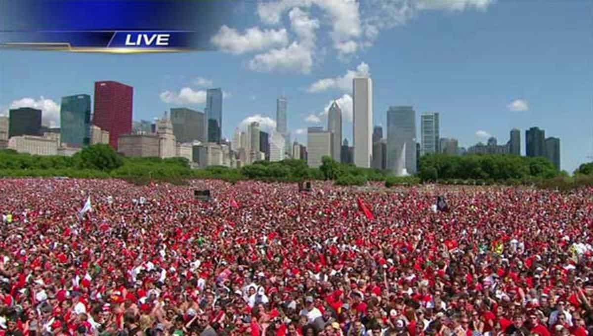 Chicago-Blackhawks-parade-2013