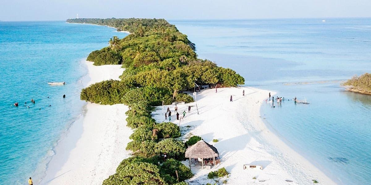 Dhigurah IslandMaldives(Dhigurah-retreat-Beach)