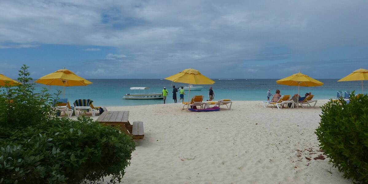 Shoal Bay(Beach Bar Bums)